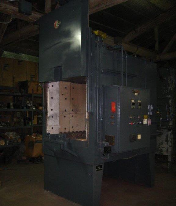 Item#BOX437 Ipsen Recirculating Box Furnace