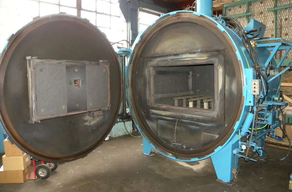 Item#VF330 Surface Combustion Vacuum Furnace
