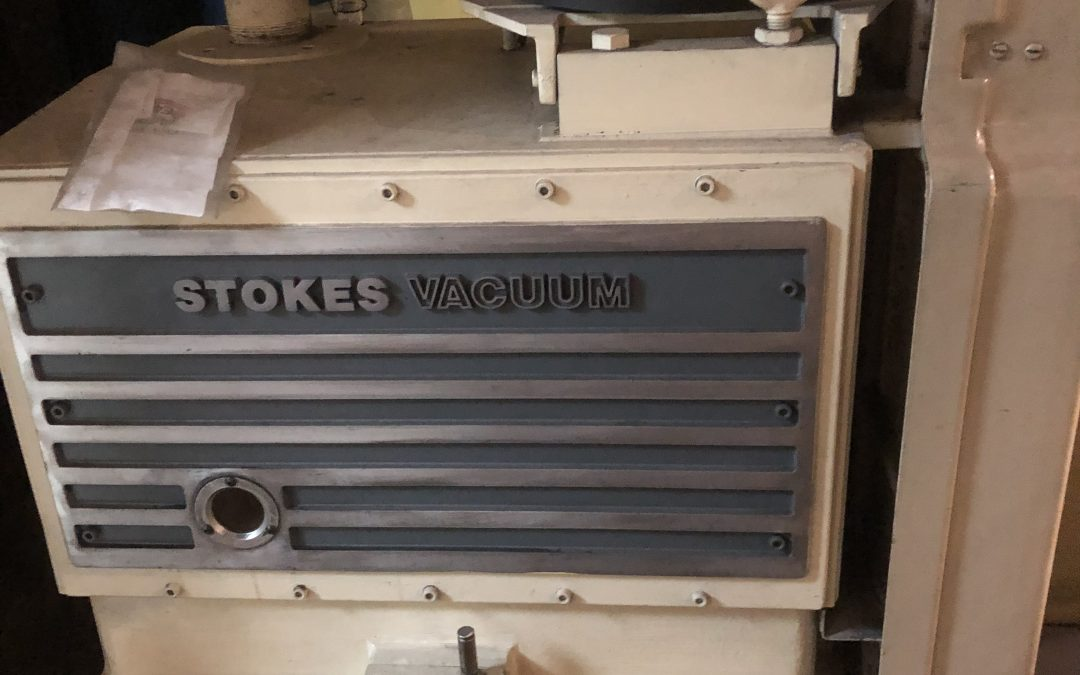 Item#VF359 Stokes 412 Vacuum Pump and Stokes 612 Booster