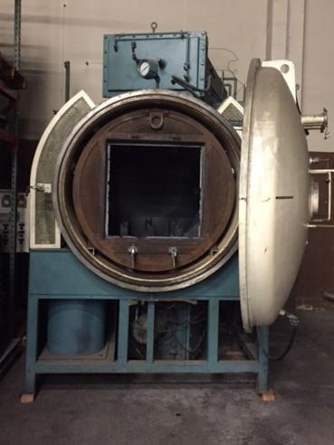 Item#VF372 CI Hayes Single Chamber Horizontal Vacuum Furnace
