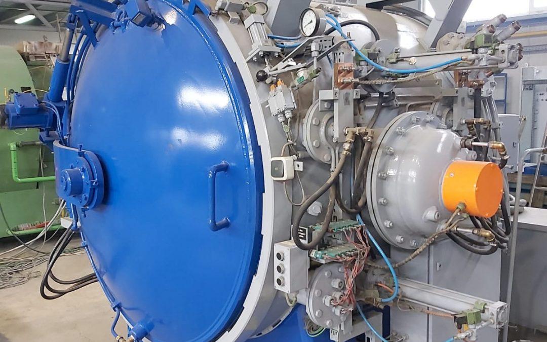 Item# VF 389 Rebuilt Ipsen Vacuum Furnace Located In Romania