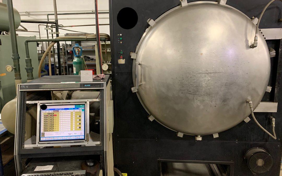 Item# VF390 ELNIK Systems 2500F Vacuum Furnace
