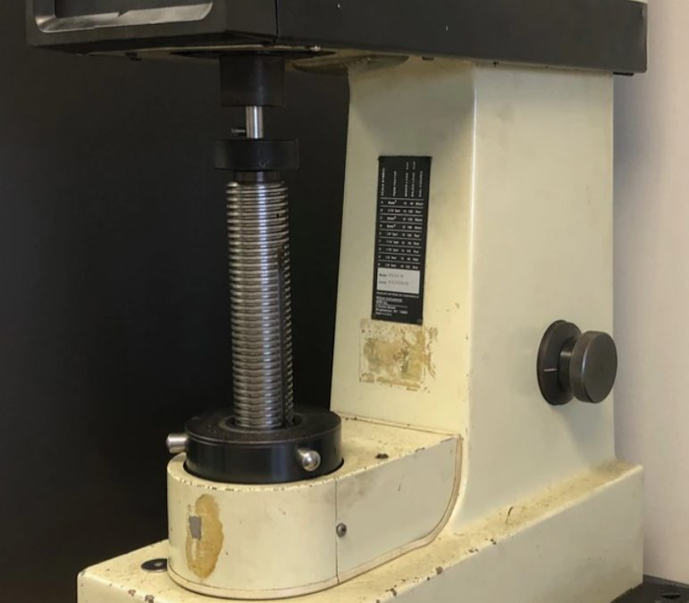 Item# L38 Wilson/Rockwell B533-R Hardness Tester 500 Series